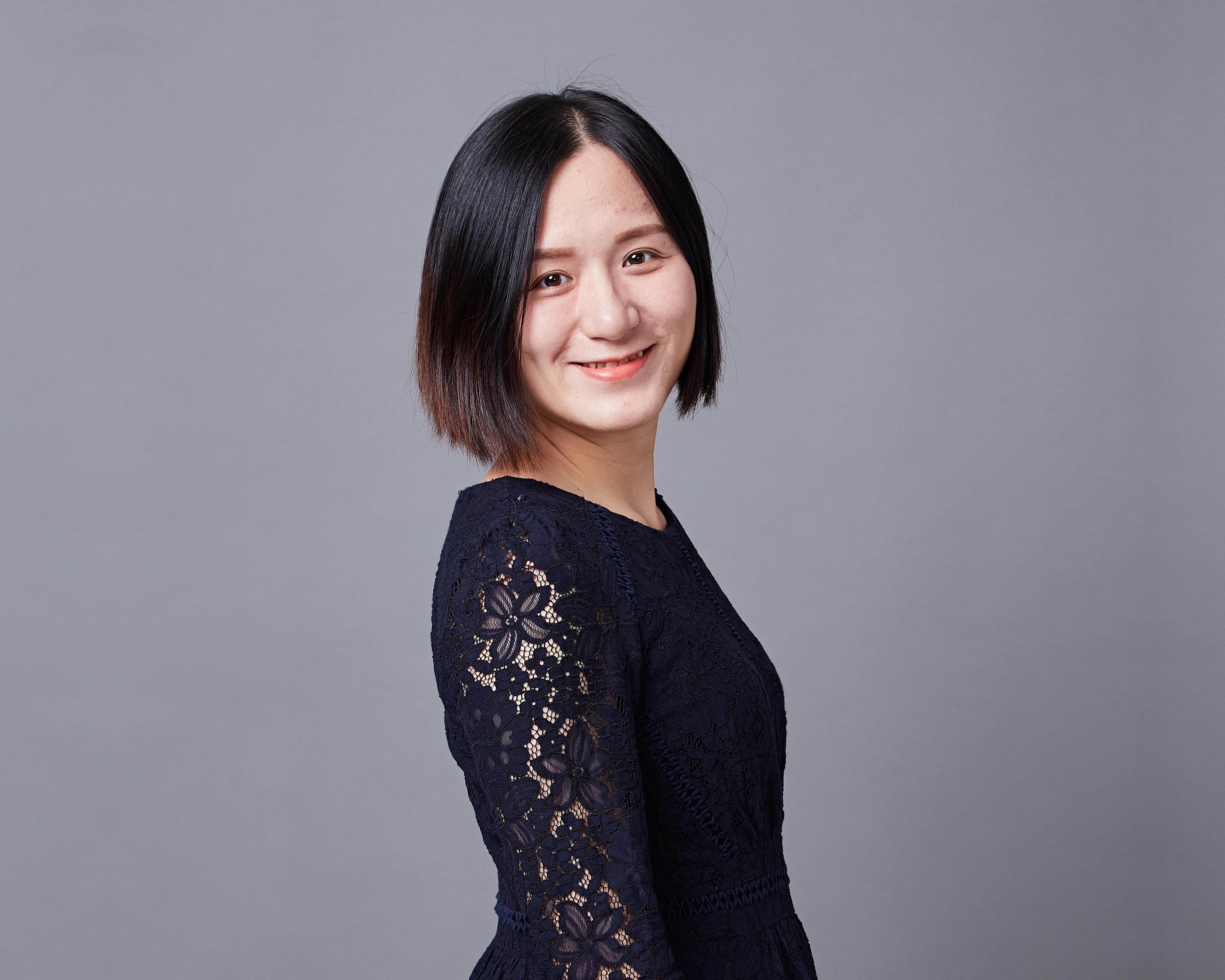 辰竹党支部书记;临港松江科技城十佳青年,11年工业领域市场工作经验。